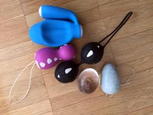 Größenvergleich: kGoal, Elanee, Liebeskugeln (fun factory), Ei aus Berkristall, Jade-Ei.